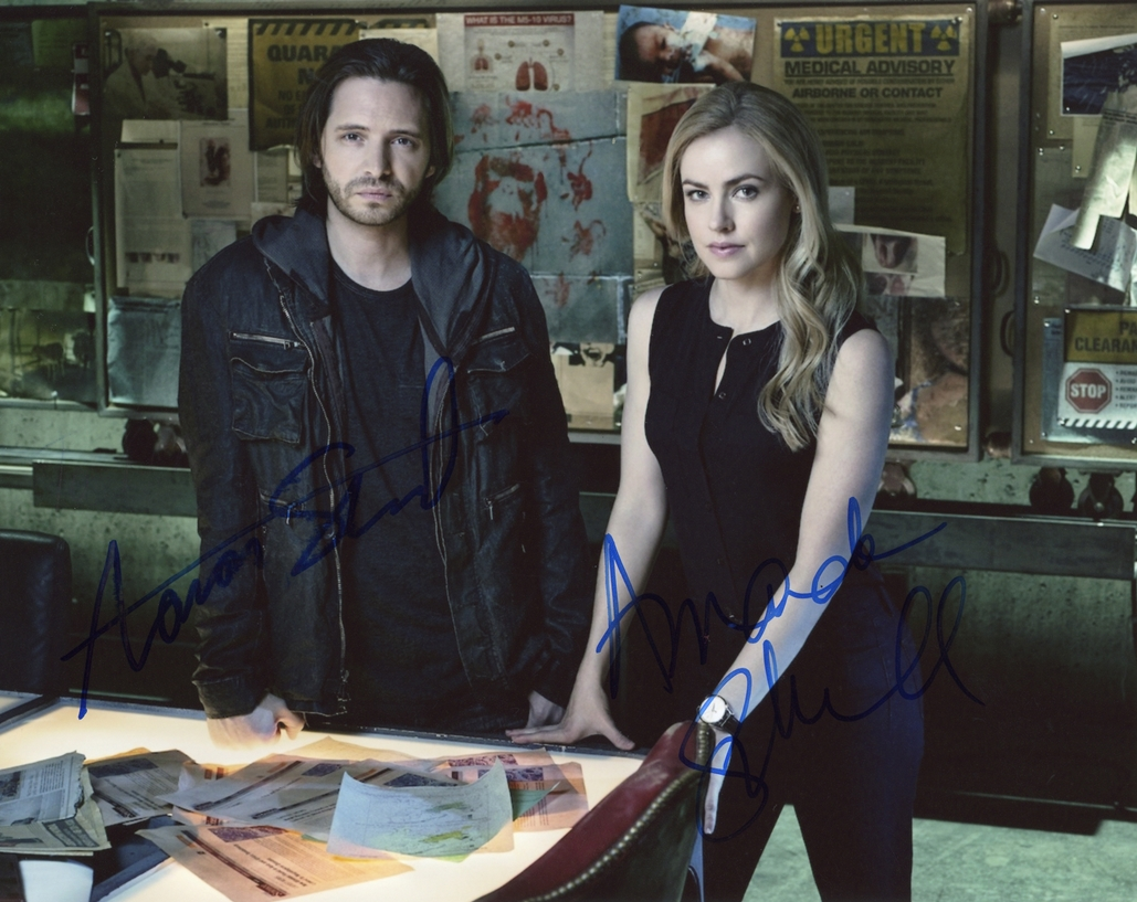 Aaron Stanford & Amanda Schull Signed Photo