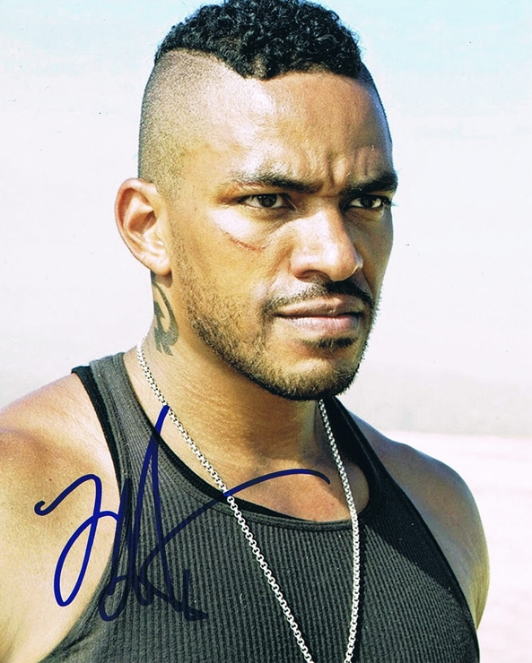 Laz Alonso Signed Photo