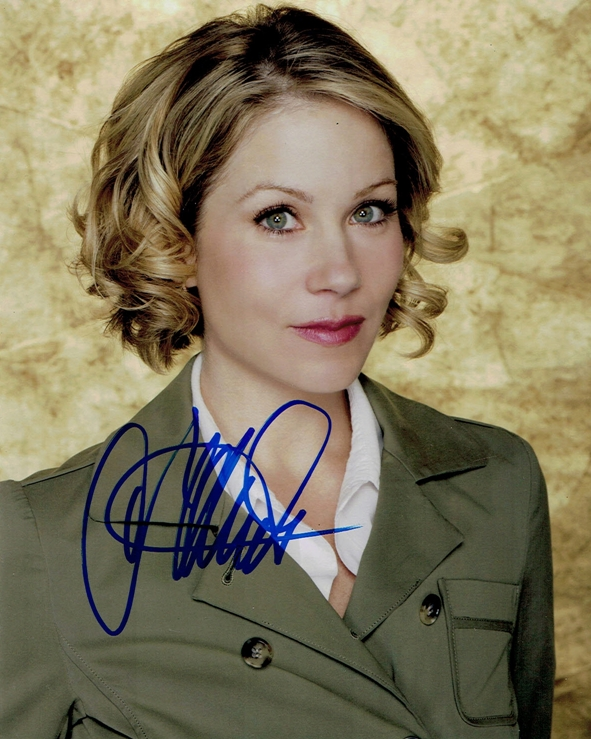 Shiri Applegate Signed Photo