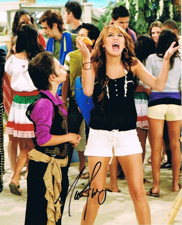 Moises Arias Signed Photo