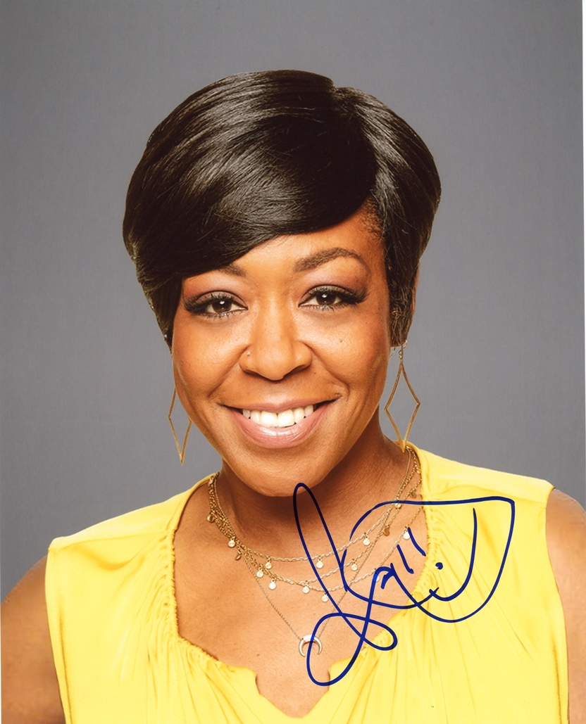 Tichina Arnold Signed Photo