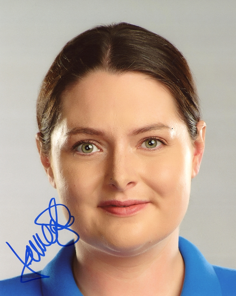 Lauren Ash Signed Photo