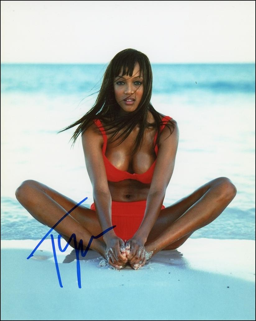 Tyra Banks Signed Photo