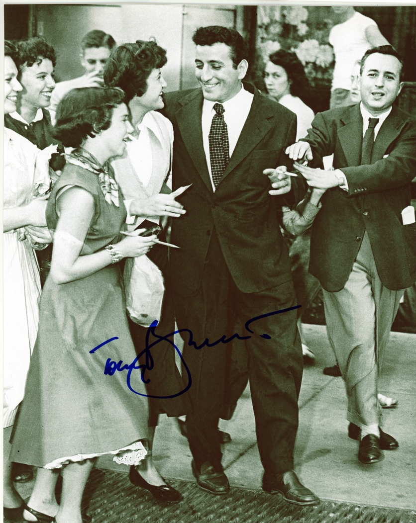 Tony Bennett Signed Photo