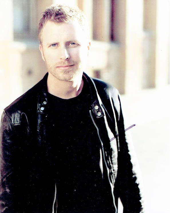 Dierks Bentley Signed Photo