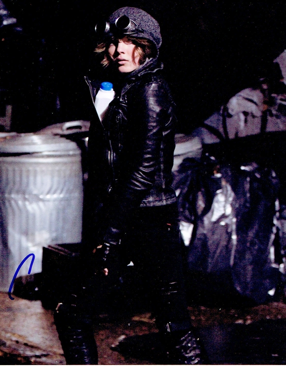 Camren Bicondova Signed Photo