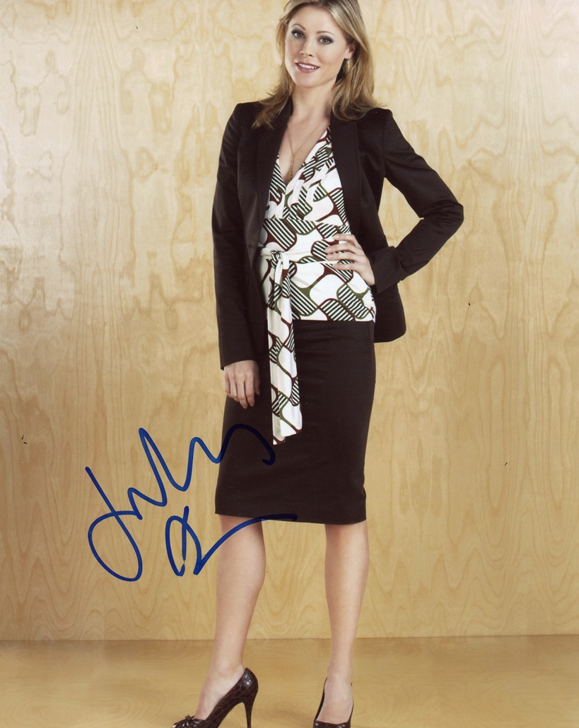 Julie Bowen Signed Photo