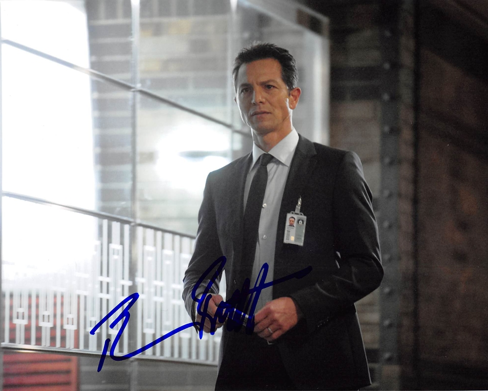 Benjamin Bratt Signed Photo