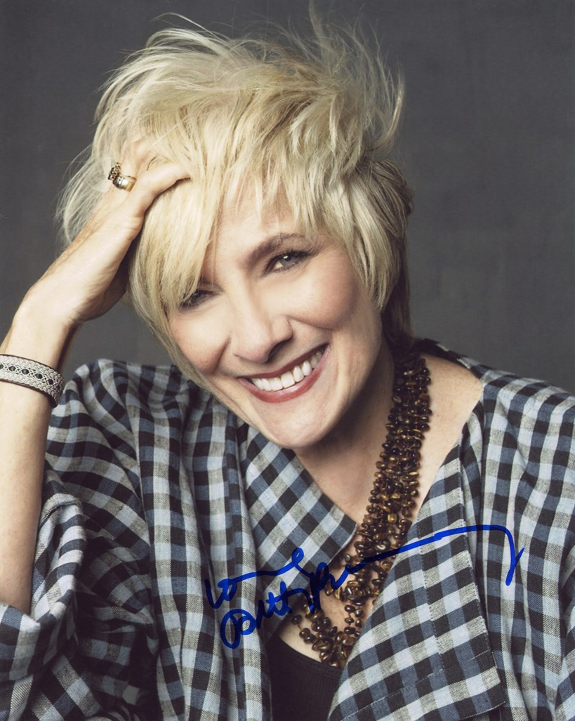 Betty Buckley Signed Photo