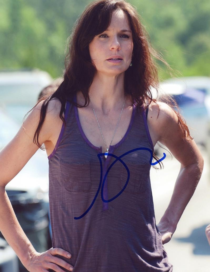 Sarah Wayne Callies Signed Photo