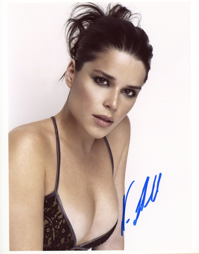 Neve Campbell Signed Photo