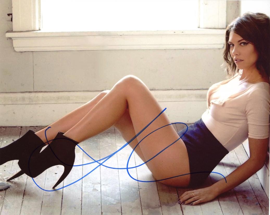 Lauren Cohan Signed Photo
