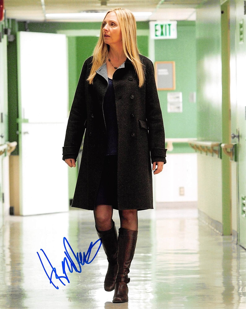 Hope Davis Signed Photo