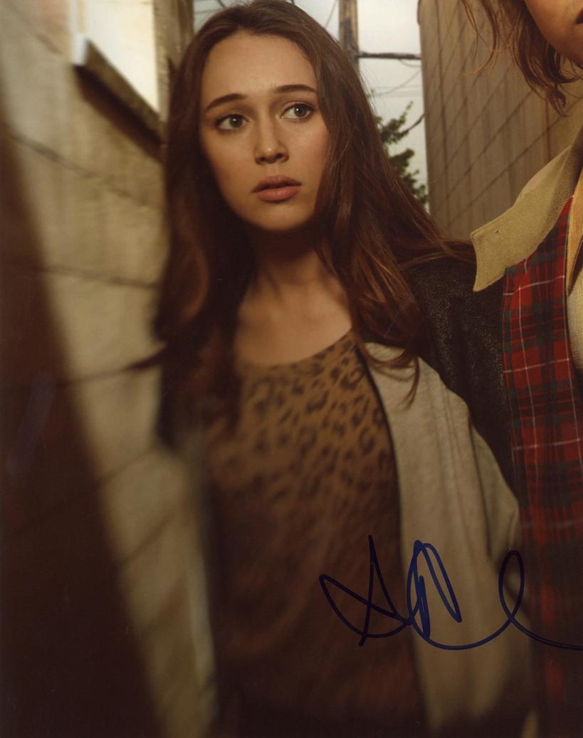 Alycia Debnam-Carey Signed Photo