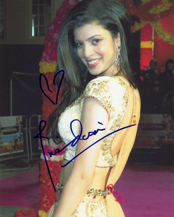 Tena Desae Signed Photo
