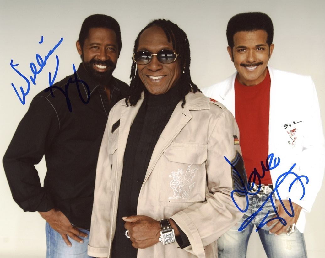 Commodores Signed Photo