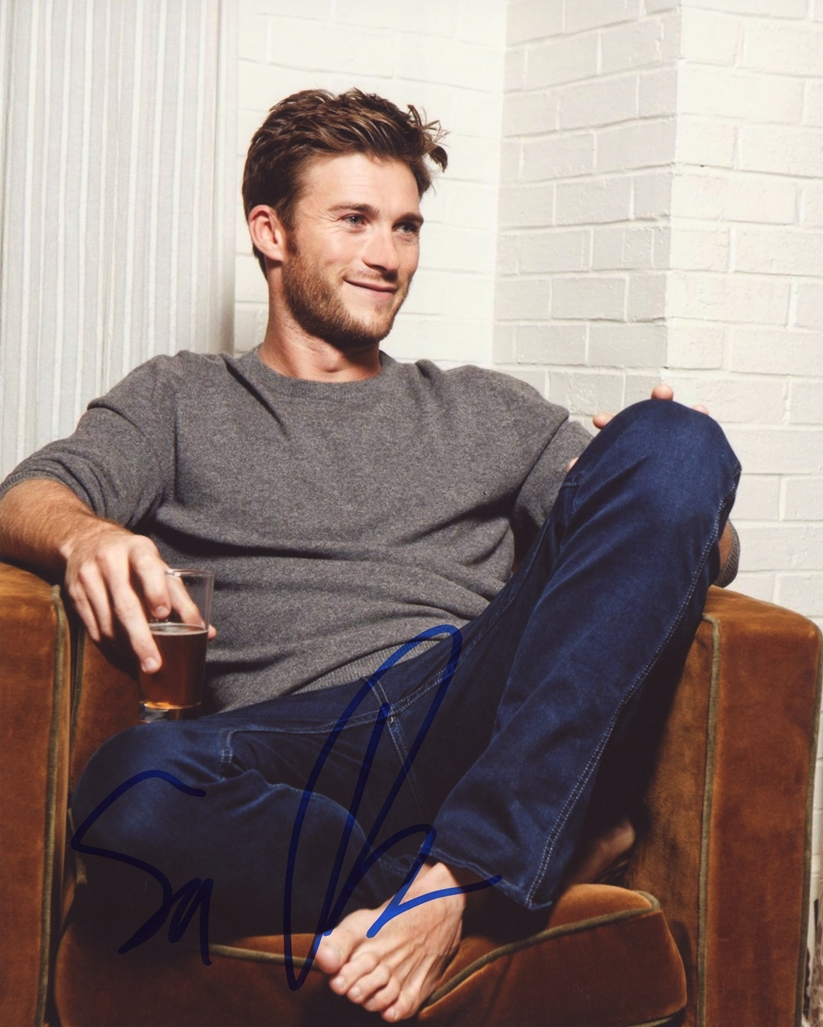 Scott Eastwood Signed Photo