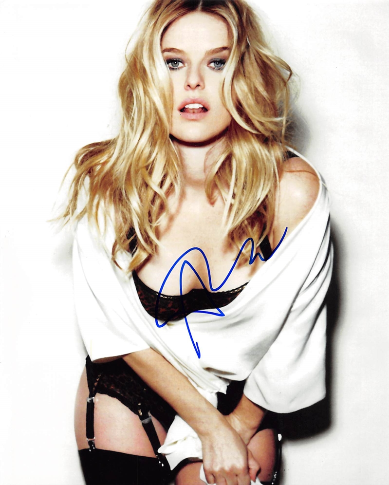 Alice Eve Signed Photo