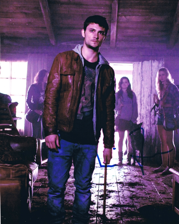 Shiloh Fernandez Signed Photo