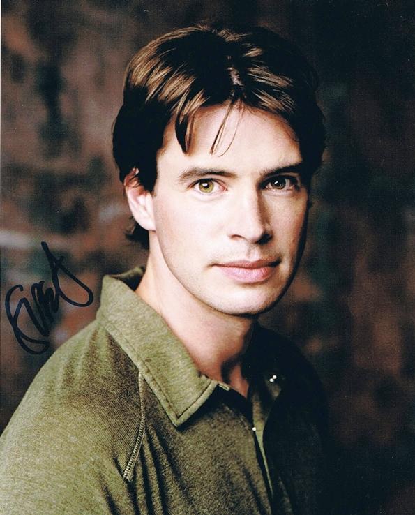 Scott Foley Signed Photo