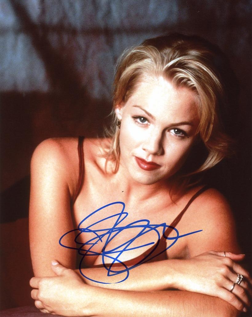Jennie Garth Signed Photo