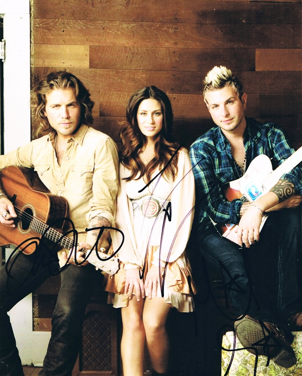 Gloriana Signed Photo