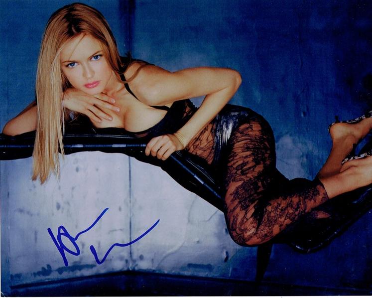 Heather Graham Signed Photo