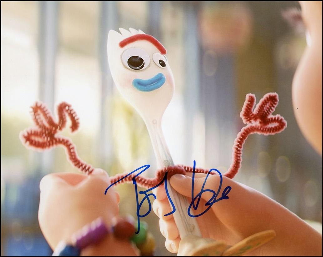 Tony Hale Signed Photo