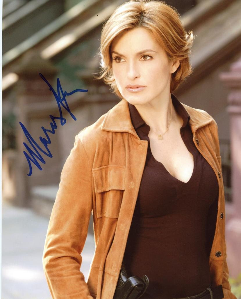 Mariska Hargitay Signed Photo