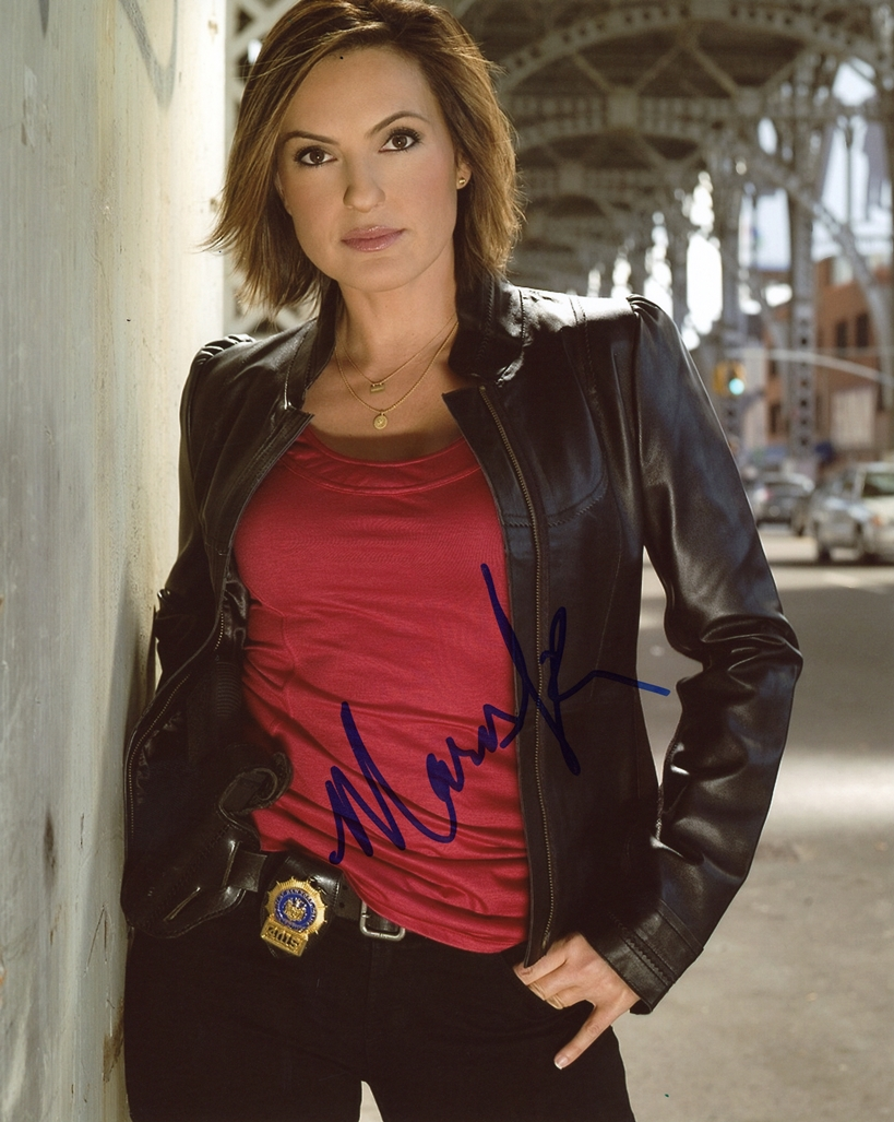 Mariska Hargitay Signed Photo