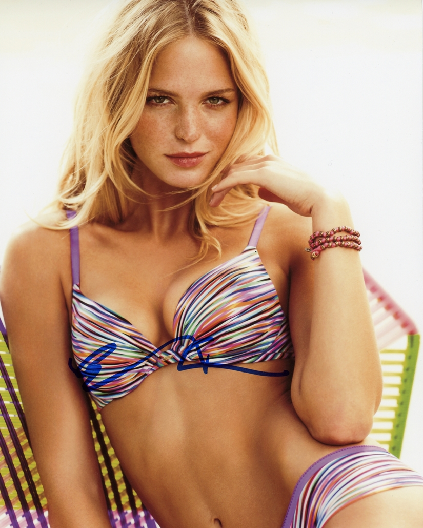 Erin Heatherton Signed Photo