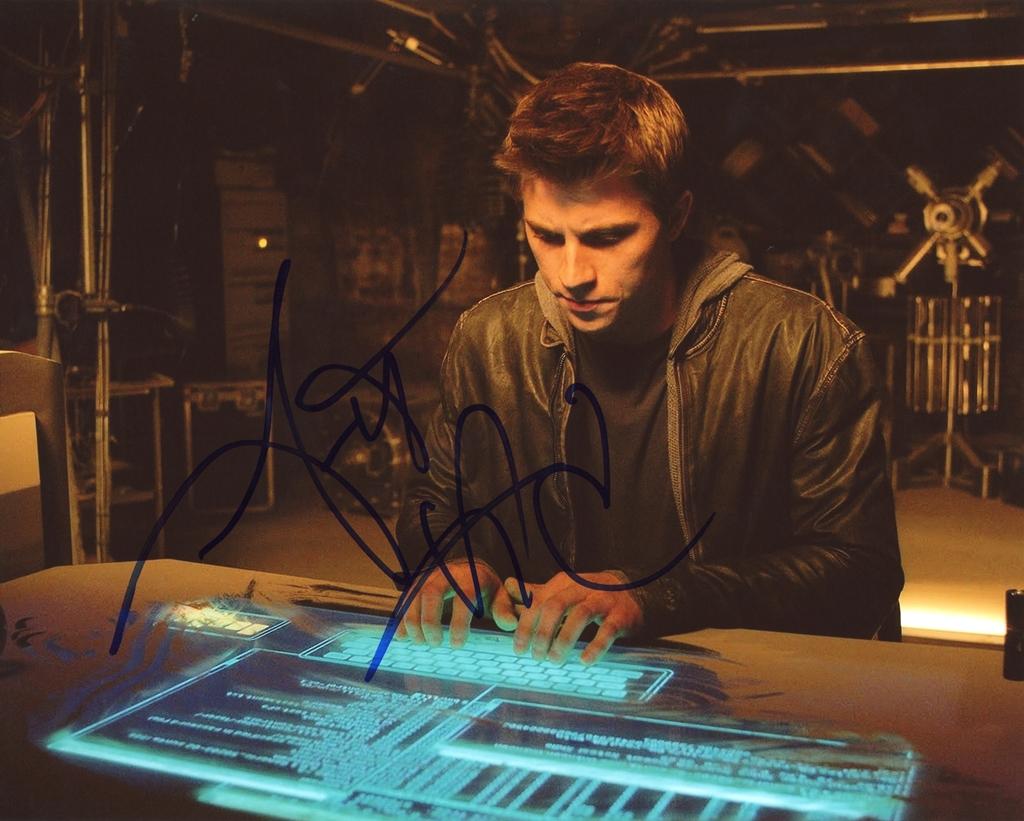Garrett Hedlund Signed Photo