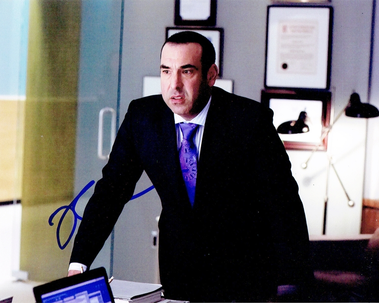 Rick Hoffman Signed Photo
