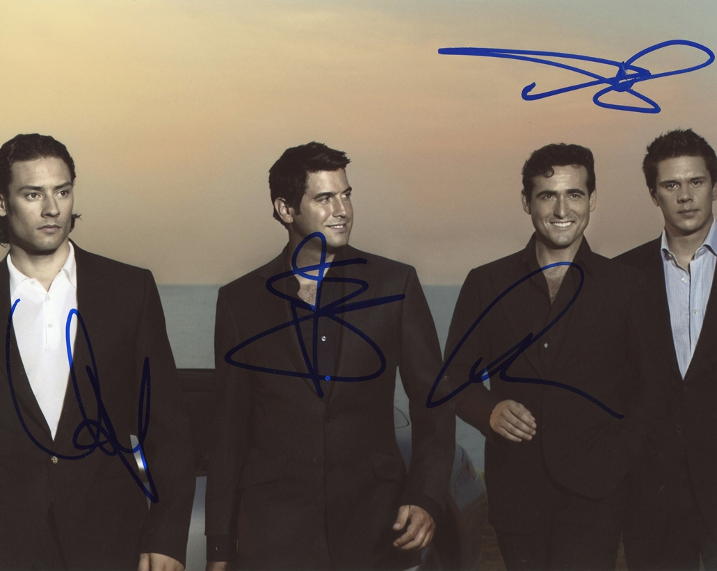 Il Divo Signed Photo