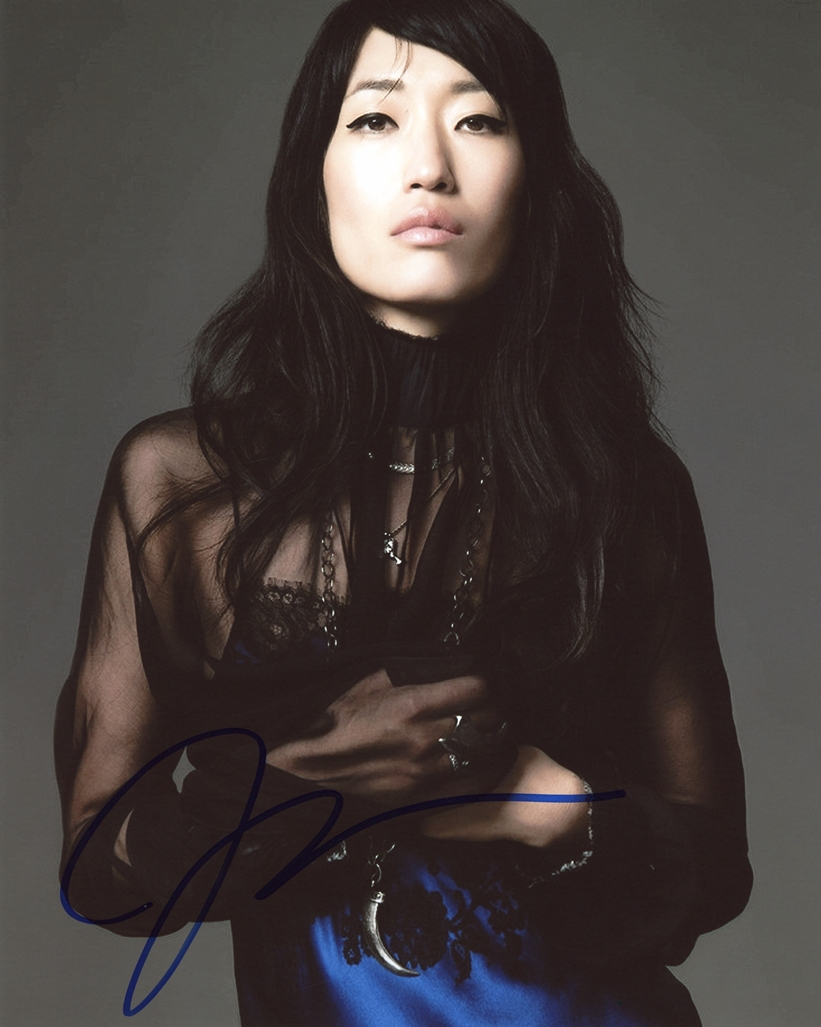 Jihae Signed Photo