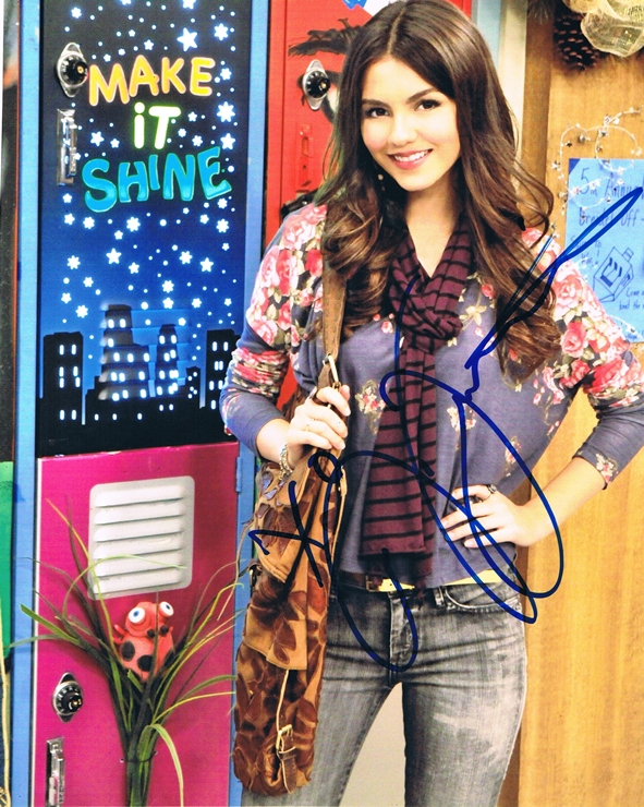 Victoria Justice Signed Photo