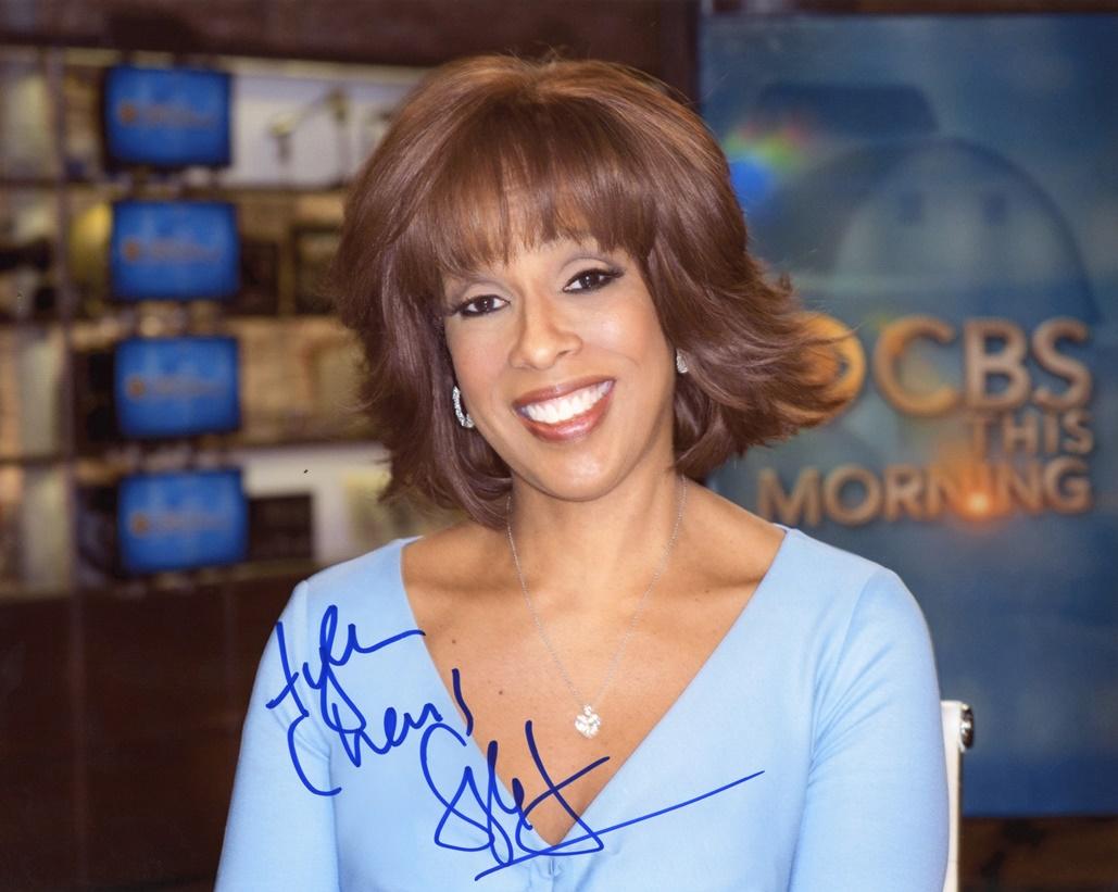 Gayle King Signed Photo