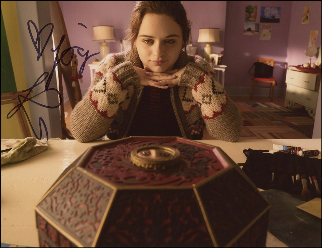 Joey King Signed Photo
