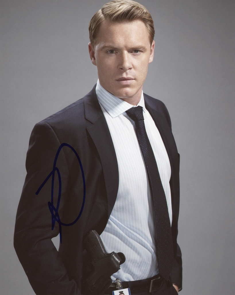 Diego Klattenhoff Signed Photo