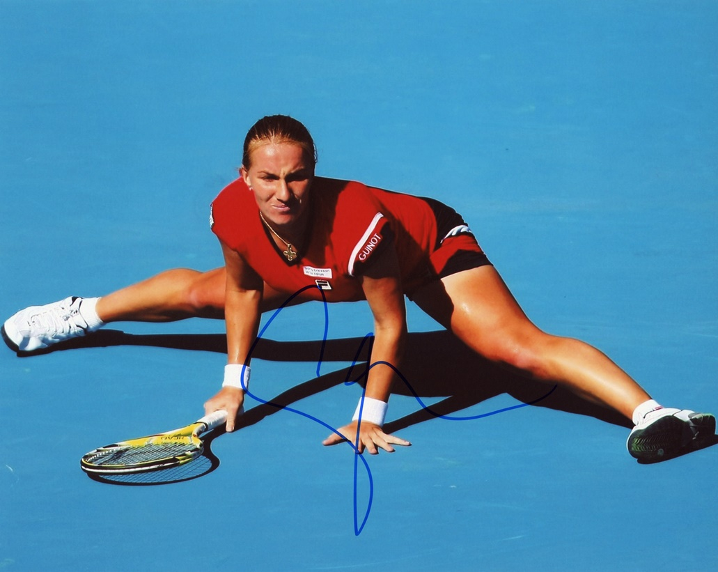 Svetlana Kuznetsova Signed Photo