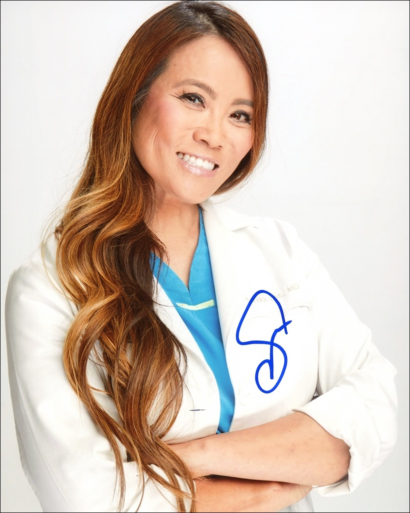 Sandra Lee Signed Photo