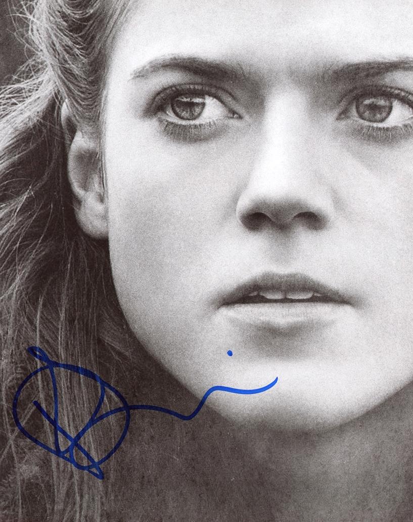 Rose Leslie Signed Photo