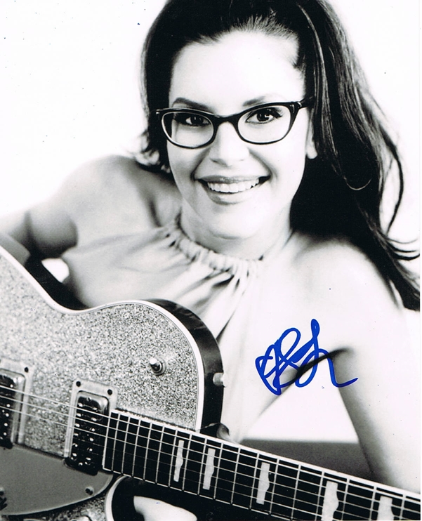 Lisa Loeb Signed Photo