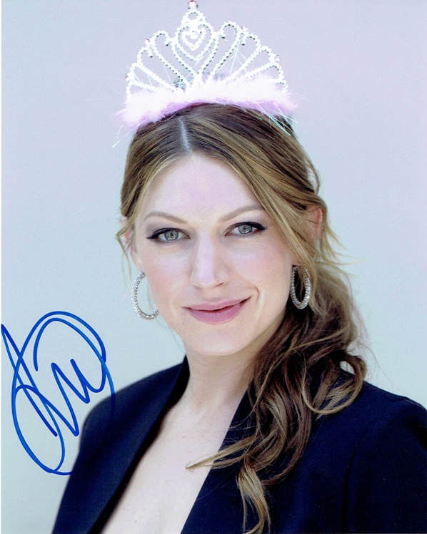 Jes Macallan Signed Photo