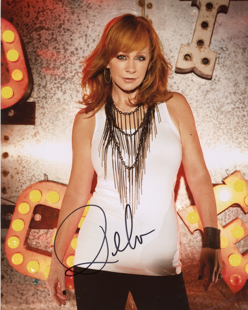 Reba McEntire Signed Photo