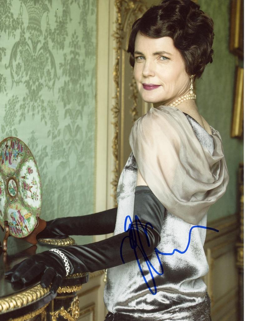 Elizabeth McGovern Signed Photo