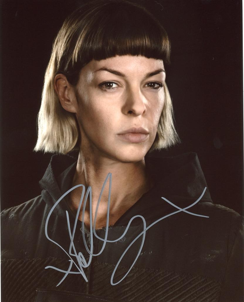 Pollyanna McIntosh Signed Photo