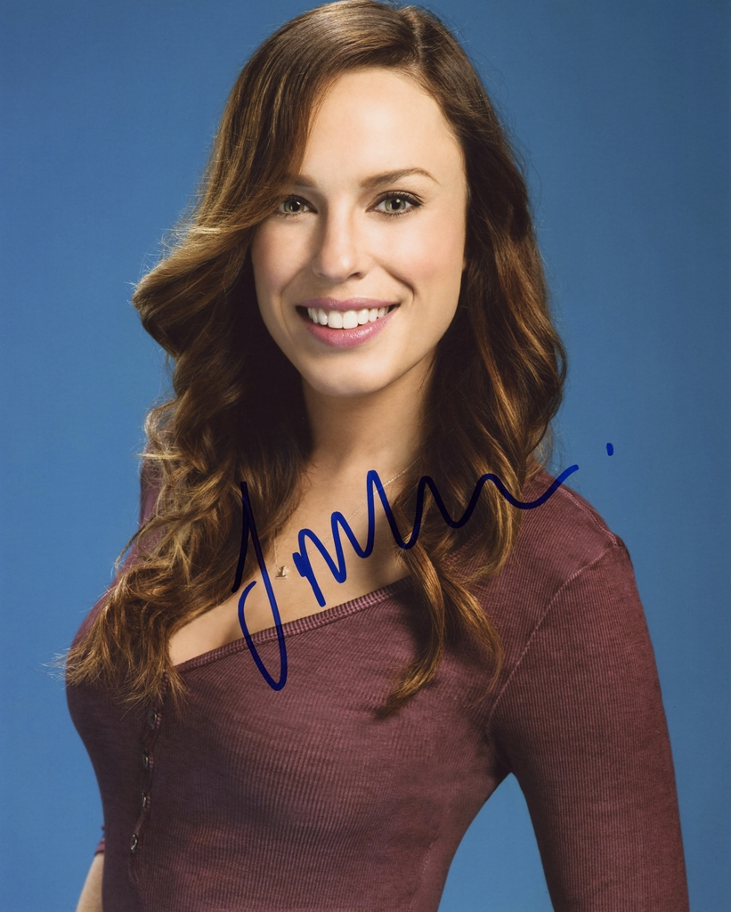 Jessica McNamee Signed Photo