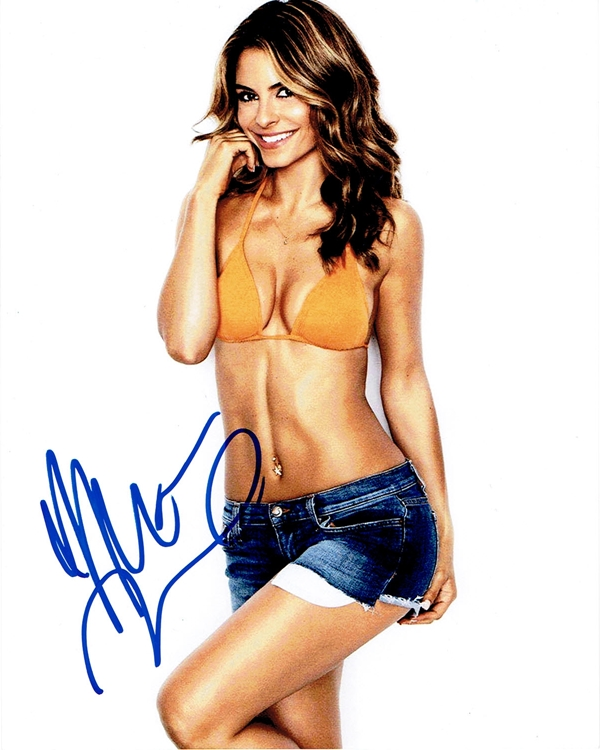 Maria Menounos Signed Photo
