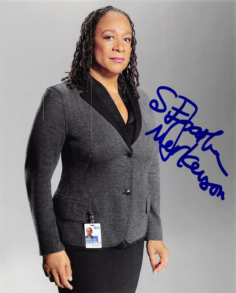 S. Epatha Merkerson Signed Photo